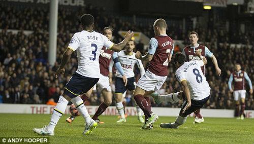 Tottenham – Burnley: Ngược dòng ngoạn mục