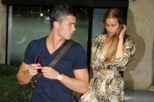 Sao 360 độ: Ronaldo và Irina chính thức chia tay
