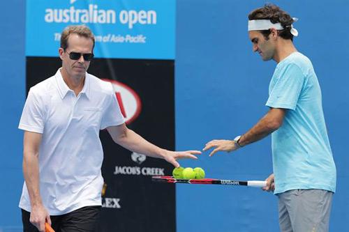 Hai quý tử sinh đôi nhà Federer lần đầu lộ diện