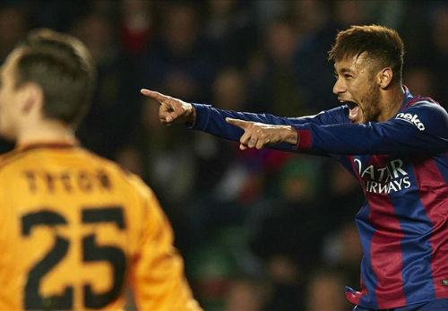 Hủy diệt Elche, Neymar thách thức Real