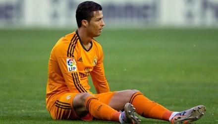 SỐC: Ronaldo đối diện nguy cơ giải nghệ sớm