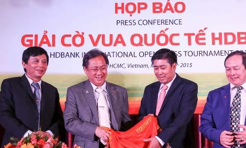 Quang Liêm, Trường Sơn đối đầu nhà vô địch châu Á