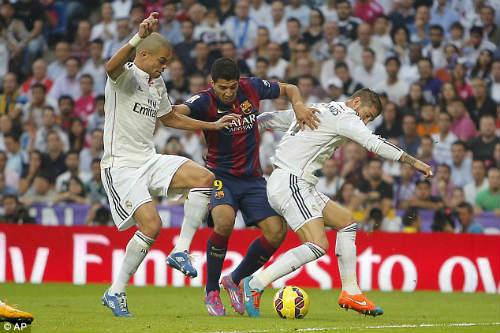 Derby Tây Ban Nha hơn đứt Derby nước Anh