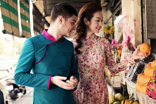 Jennifer Phạm và bạn nhảy Tây tình tứ đi sắm Tết - hình ảnh 4