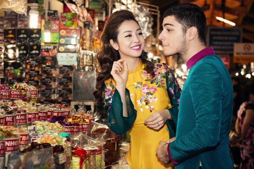 Jennifer Phạm và bạn nhảy Tây tình tứ đi sắm Tết - hình ảnh 13