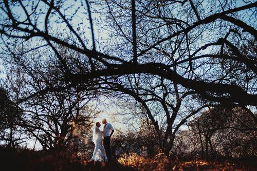 Cặp đôi Hà thành lãng mạn giữa rừng hoa mận trắng muốt - hình ảnh 8