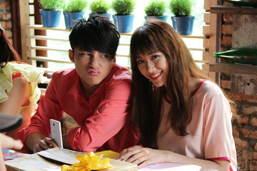 Điểm mặt bạn diễn toàn trai đẹp của Hari Won - hình ảnh 3