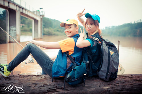 Điểm mặt bạn diễn toàn trai đẹp của Hari Won - hình ảnh 4