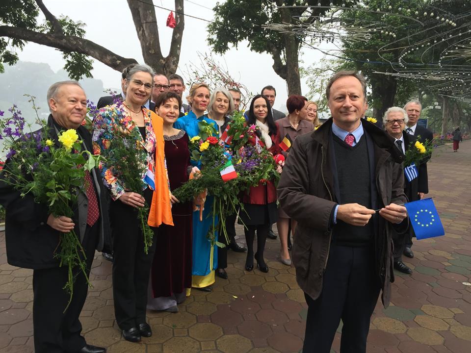 Clip: Đại sứ Liên minh Châu Âu chúc Tết người dân Việt Nam - hình ảnh 1