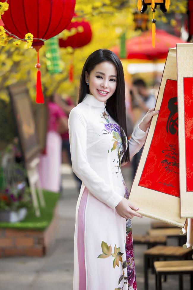 Nữ thạc sỹ xinh đẹp rạng rỡ khoe sắc xuân - hình ảnh 6
