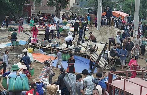 Chợ phiên độc đáo dọc sông Ðà - hình ảnh 3