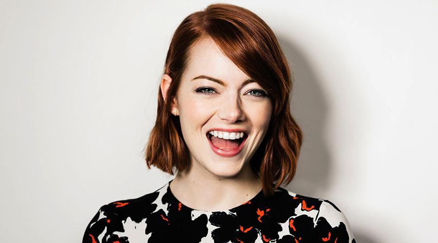 Top 10 cô nàng 'nhìn là cười' làng giải trí thế giới - hình ảnh 3