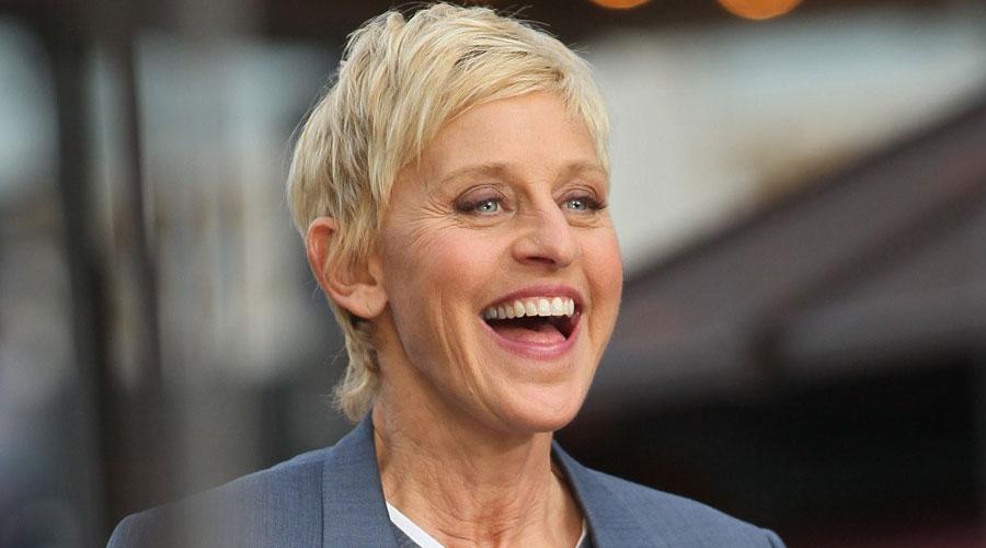 Top 10 cô nàng 'nhìn là cười' làng giải trí thế giới - hình ảnh 4