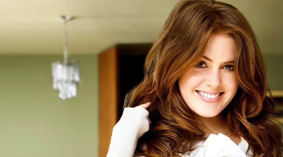 Top 10 cô nàng 'nhìn là cười' làng giải trí thế giới - hình ảnh 6