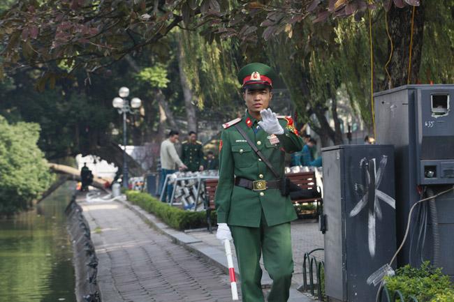 HN: Trận địa pháo hoa được bảo vệ nghiêm ngặt trước giờ G - hình ảnh 4