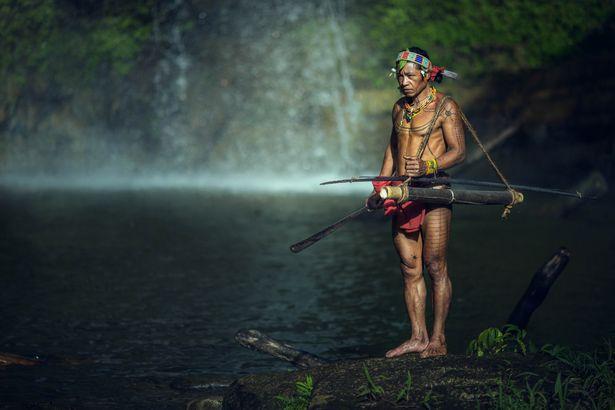 Khám phá bộ lạc sống biệt lập hoàn toàn với cuộc sống hiện đại - hình ảnh 5