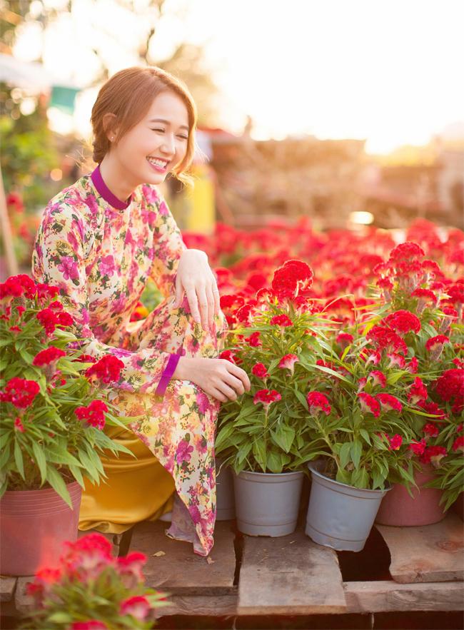 Hot girl Nhung Gumiho rực rỡ khoe sắc xuân - hình ảnh 3