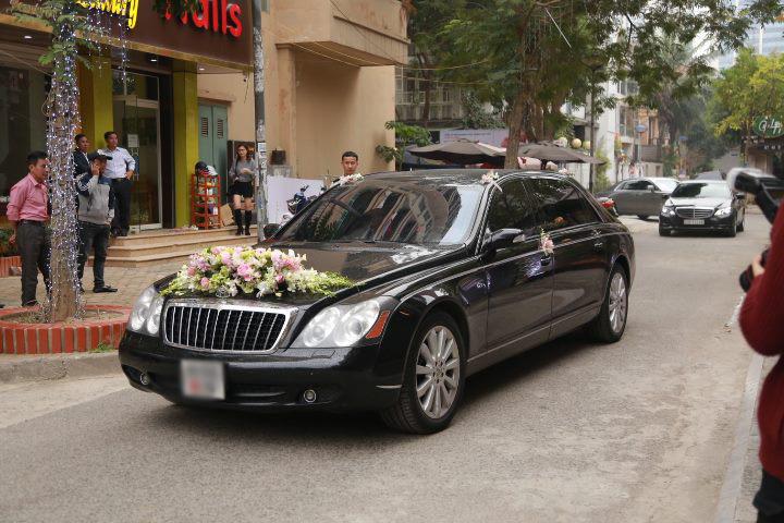 Choáng với dàn siêu xe trong đám cưới Hoa hậu Thu Ngân - hình ảnh 4