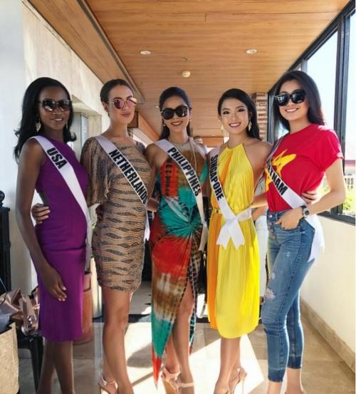 Suýt vấp té, Lệ Hằng ứng biến xuất sắc tại Hoa hậu hoàn vũ - hình ảnh 11