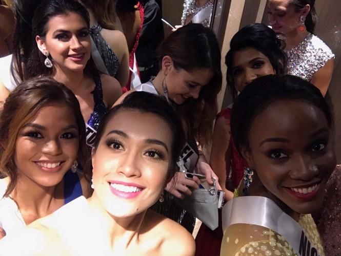 Suýt vấp té, Lệ Hằng ứng biến xuất sắc tại Hoa hậu hoàn vũ - hình ảnh 13
