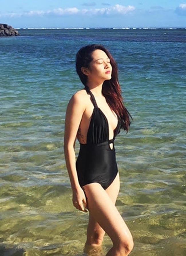 """""""Bỏng mắt"""" với ảnh bạn gái đi biển cùng Hồ Quang Hiếu - hình ảnh 10"""