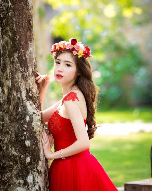 Elly Trần mặc soiree cúp ngực gợi cảm, chuẩn bị cưới chồng? - hình ảnh 5