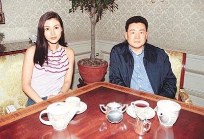 """Hoa hậu đẹp nhất Hương cảng khét tiếng """"sát"""" đại gia - hình ảnh 3"""