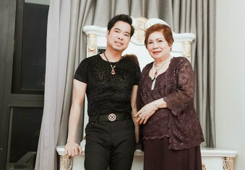 Cận cảnh căn hộ 4 tỷ Ngọc Sơn mua tặng mẹ ngày 8/3 - hình ảnh 1