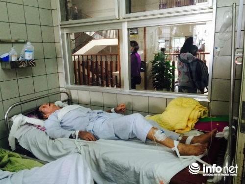Chùm ảnh: Trói chặt bệnh nhân vào giường điều trị sảng rượu - hình ảnh 7