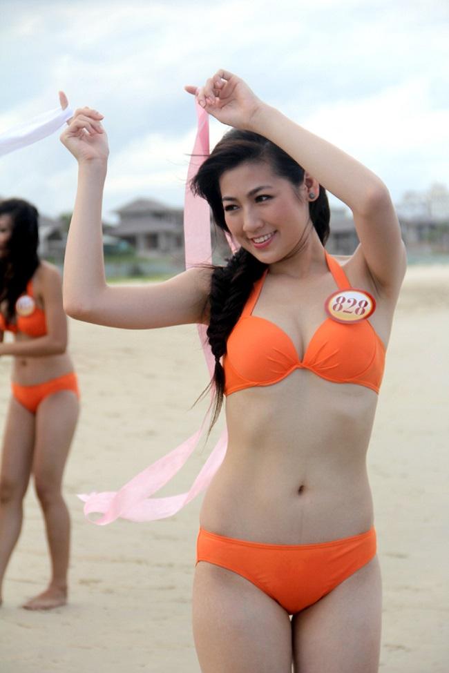 Ngất ngây trước ảnh áo tắm của 6 nữ biên tập viên VTV nóng bỏng - hình ảnh 9
