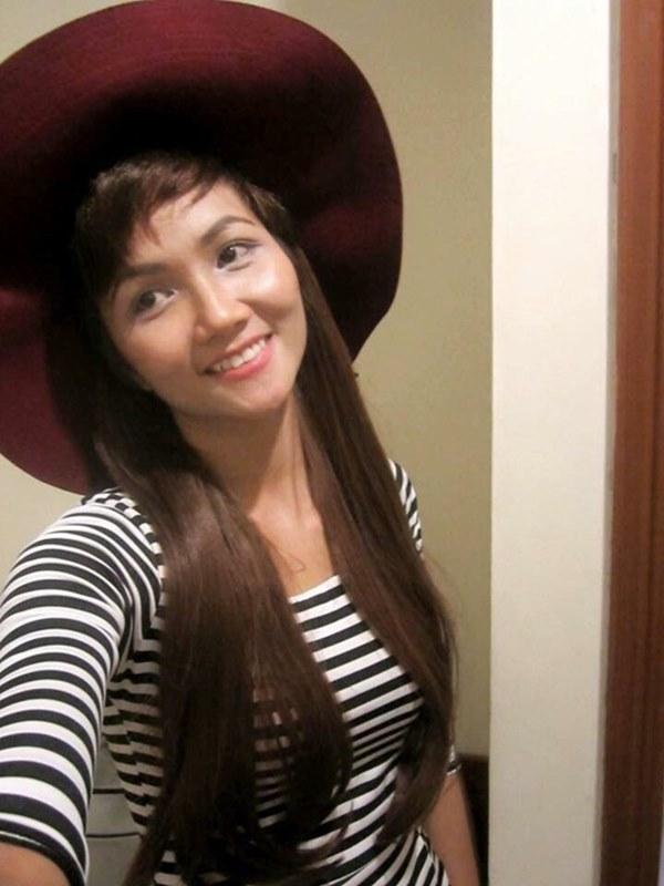 Tân Hoa hậu Hoàn vũ Việt Nam thuở tóc dài xinh như búp bê - hình ảnh 2