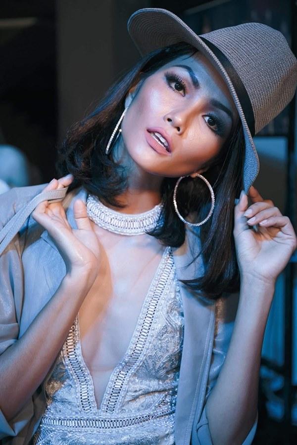 Tân Hoa hậu Hoàn vũ Việt Nam thuở tóc dài xinh như búp bê - hình ảnh 3