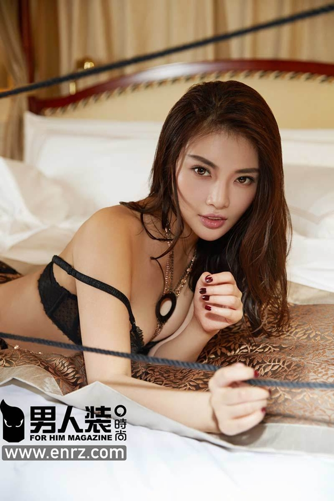 Đọ sắc hai mỹ nữ siêu vòng 1 tuổi Ngựa nóng bỏng nhất Trung Quốc - hình ảnh 24