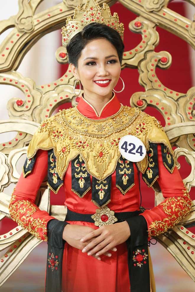 """H'Hen Niê: Tự tin để Việt Nam """"phục thù"""" ở Hoa hậu Hoàn vũ Thế giới 2018 - hình ảnh 4"""