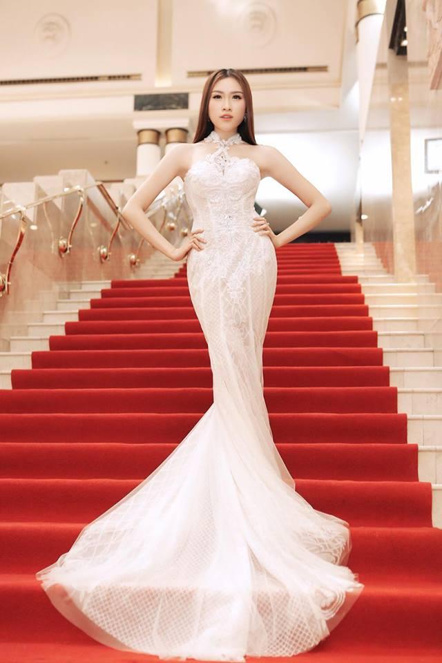 Gu mặc gợi cảm của nữ MC nóng bỏng nhất VTV từng thi hoa hậu - hình ảnh 12