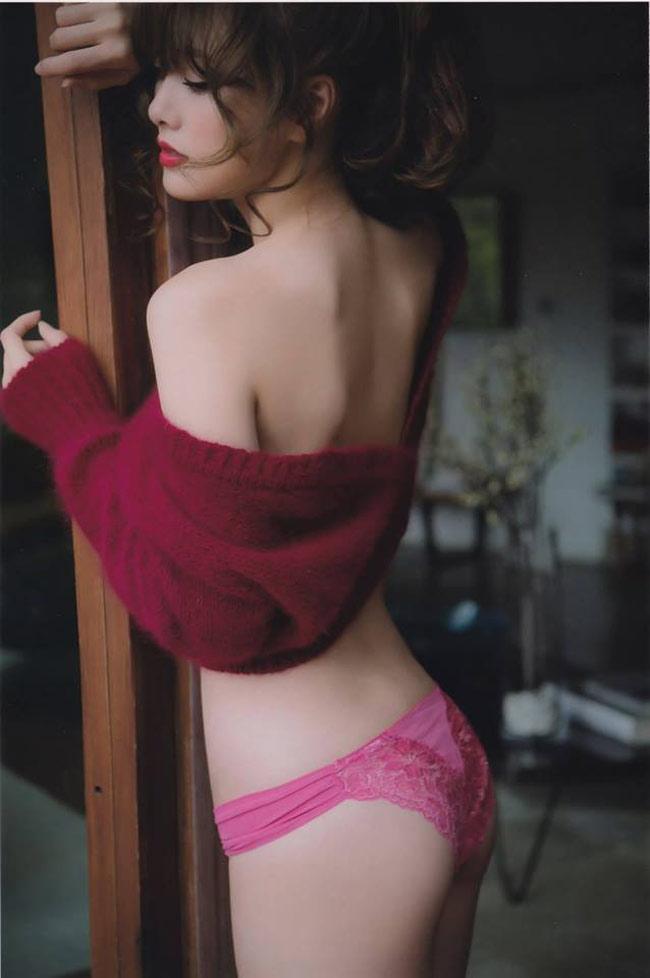"""Mấy ai qua được """"ải mỹ nhân"""" của nữ thần nội y Nhật Bản này - hình ảnh 11"""