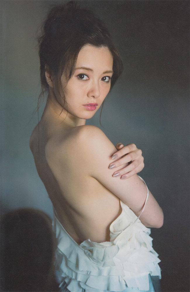 """Mấy ai qua được """"ải mỹ nhân"""" của nữ thần nội y Nhật Bản này - hình ảnh 15"""