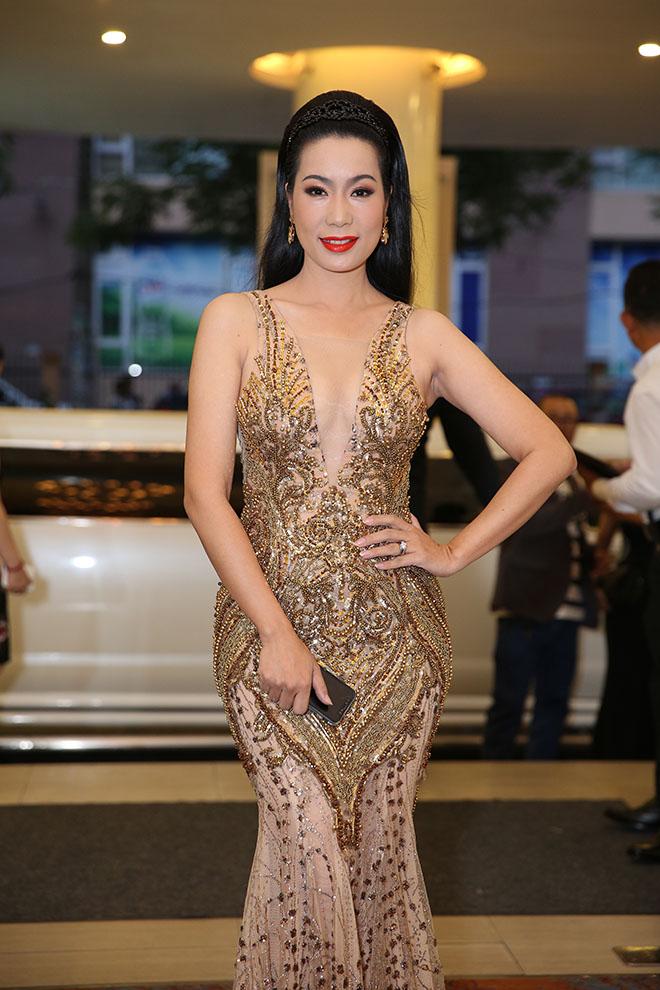 Dàn sao Việt dự đám cưới của Lâm Khánh Chi tại Sài Gòn - hình ảnh 3