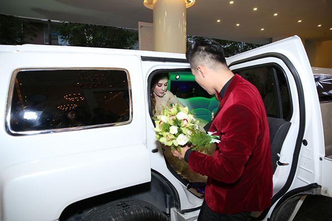 Dàn sao Việt dự đám cưới của Lâm Khánh Chi tại Sài Gòn - hình ảnh 1