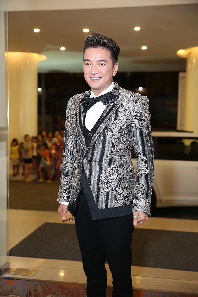 Dàn sao Việt dự đám cưới của Lâm Khánh Chi tại Sài Gòn - hình ảnh 6