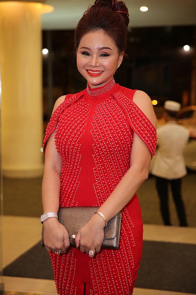 Dàn sao Việt dự đám cưới của Lâm Khánh Chi tại Sài Gòn - hình ảnh 9