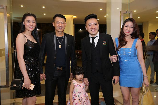 Dàn sao Việt dự đám cưới của Lâm Khánh Chi tại Sài Gòn - hình ảnh 12