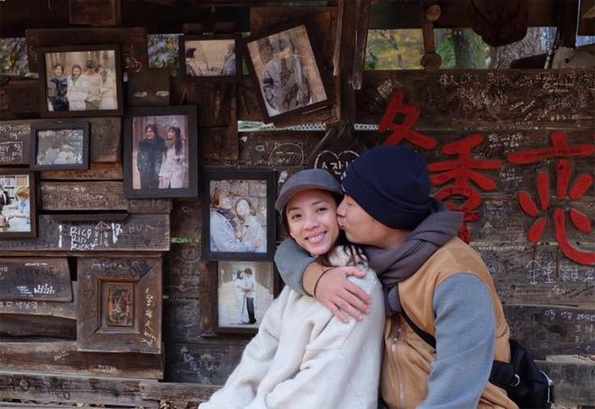 Tiến Luật vẫn yêu điên cuồng Thu Trang sau 7 năm cưới - hình ảnh 1