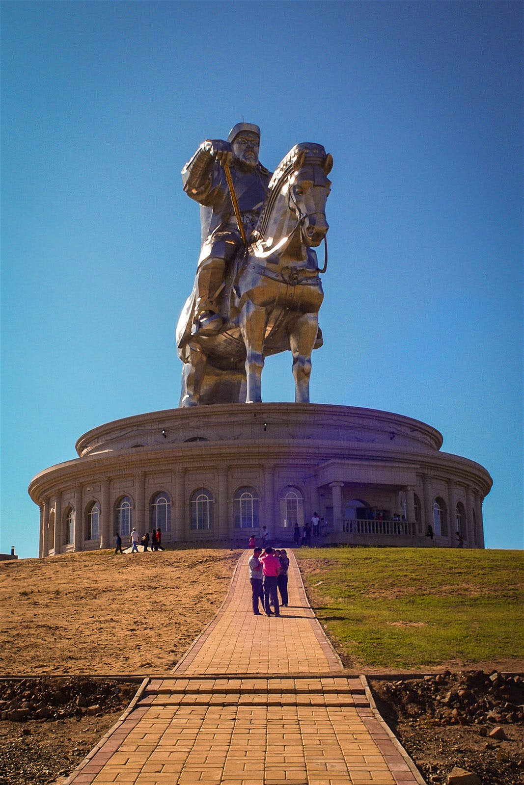 Mông Cổ: Vùng đất của những chuyến đi để đời! - hình ảnh 2