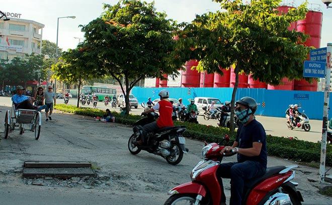 """Sau """"lệnh"""" của ông Đoàn Ngọc Hải, nhiều bãi giữ xe đóng cửa gấp - hình ảnh 8"""