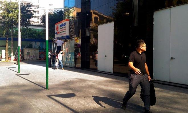 """Sau """"lệnh"""" của ông Đoàn Ngọc Hải, nhiều bãi giữ xe đóng cửa gấp - hình ảnh 9"""