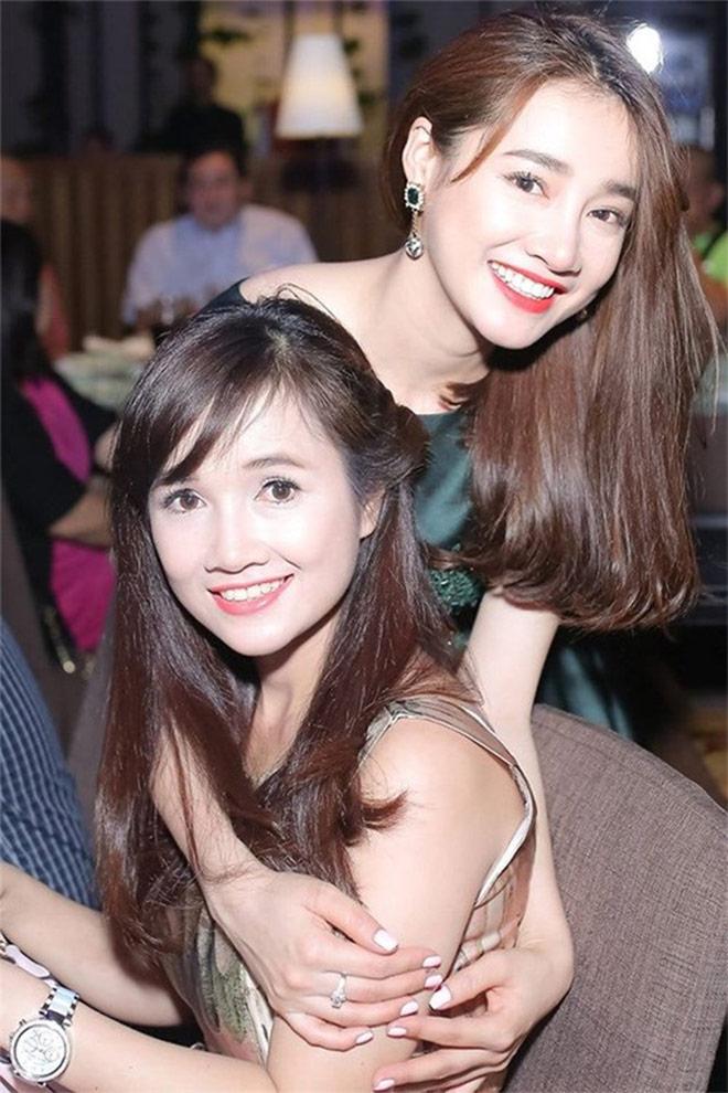 3 chị em Nhã Phương đã đẹp ngất ngây lại tài năng đầy mình - hình ảnh 2