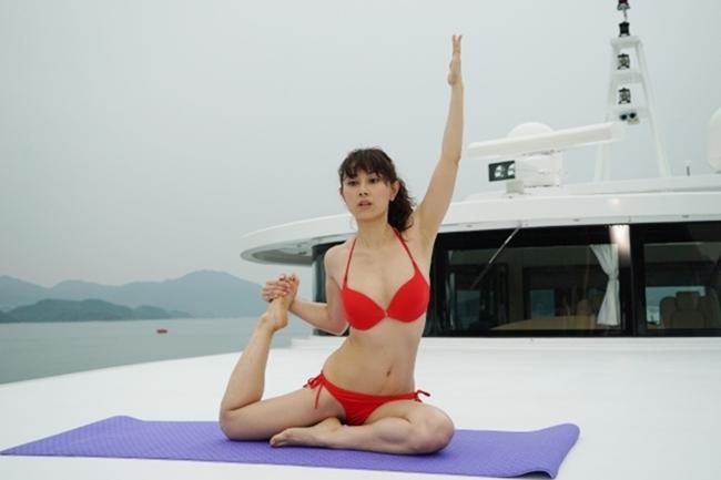 Cảnh nhạy cảm của nàng Hoa hậu có giá đi khách 1 tỷ đồng - hình ảnh 4