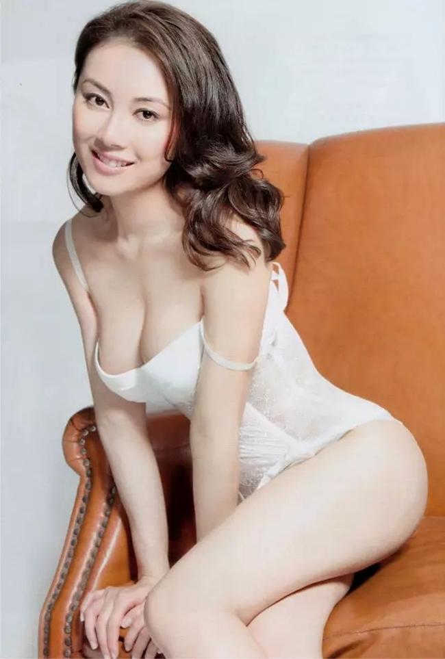 Cảnh nhạy cảm của nàng Hoa hậu có giá đi khách 1 tỷ đồng - hình ảnh 9