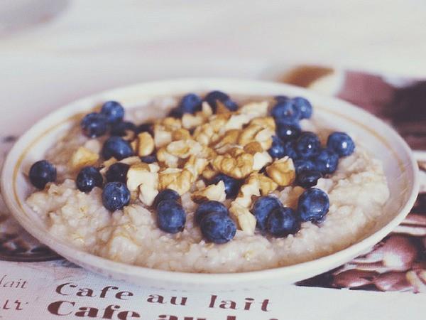Bị ợ nóng và thừa axit dạ dày nên ăn 10 loại thực phẩm hàng đầu này - hình ảnh 6